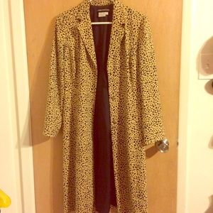 Leoprint trench coat